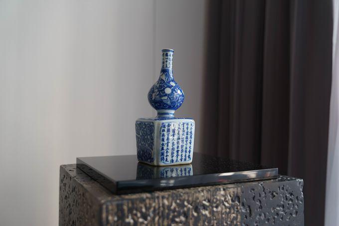 客室や公共スペースで、美術品を鑑賞できる!
