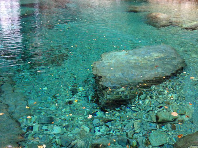 大自然が生んだ奇跡の青!美しすぎる「仁淀川」(高知県)