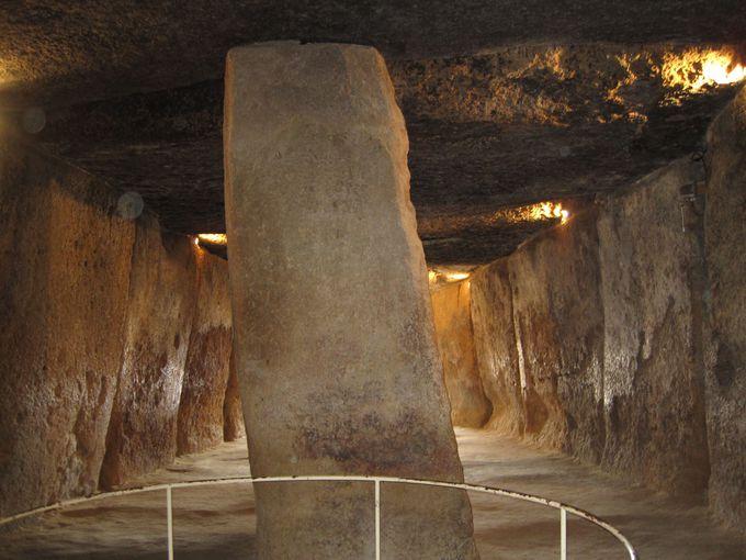 5000年の歴史を持つ保存状態の良い3つのドルメン(古墳)