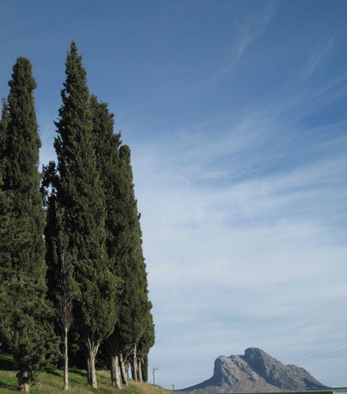 太古の昔から崇められていた、自然が作った不思議な山