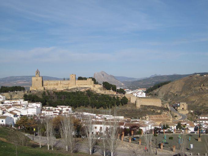 併せて訪れていただきたい「アンテケイラ」の町
