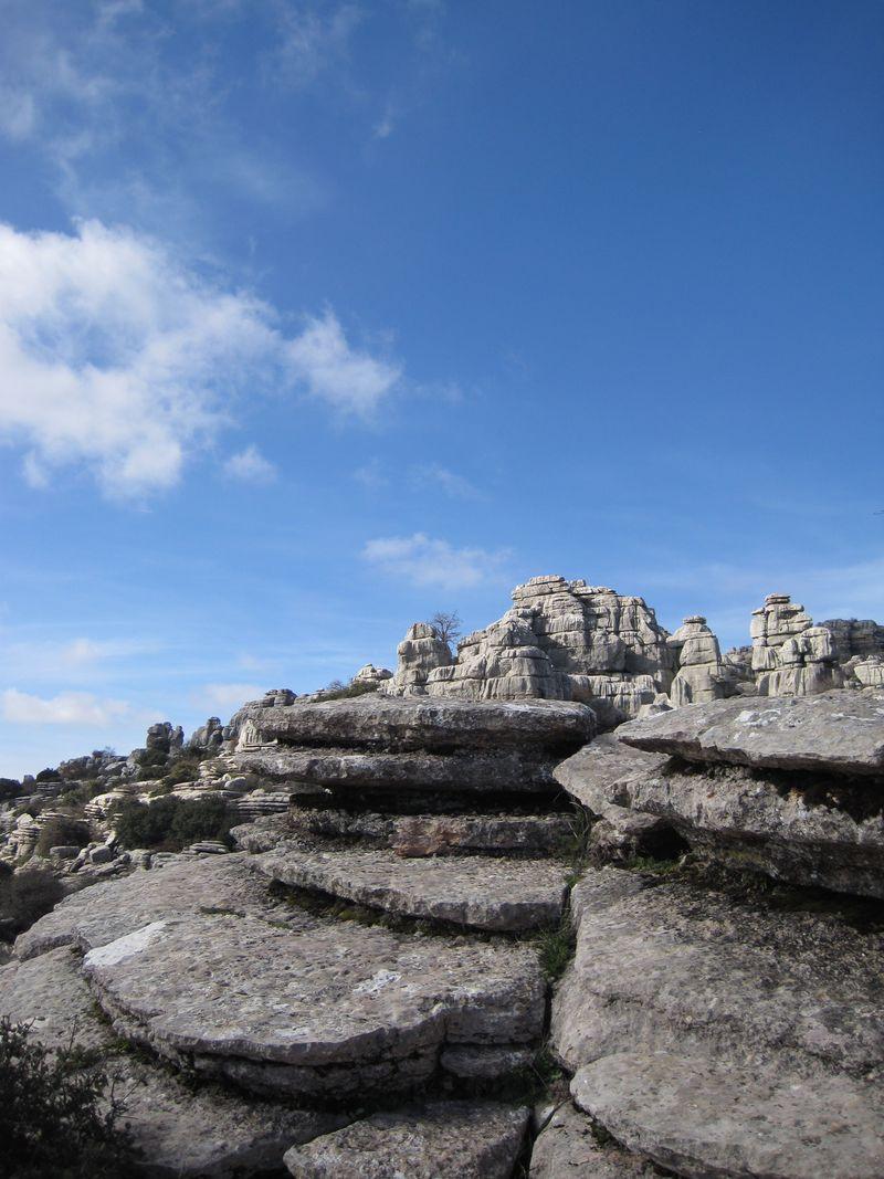 奇岩群が作る別世界!!南スペイン「トルカル自然国立公園」