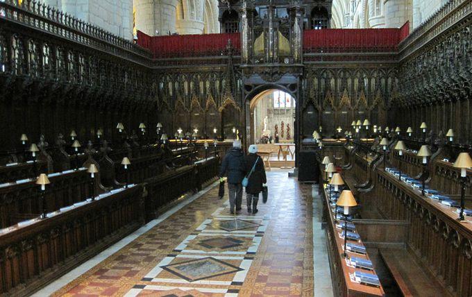 美しい部分が沢山の教会内部