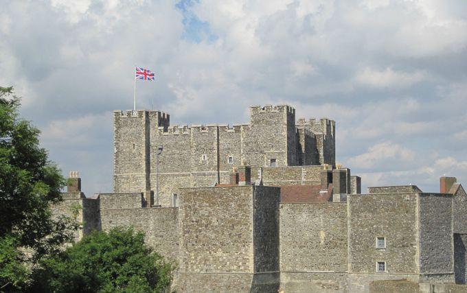 古い歴史を持つ「ドーヴァー城」