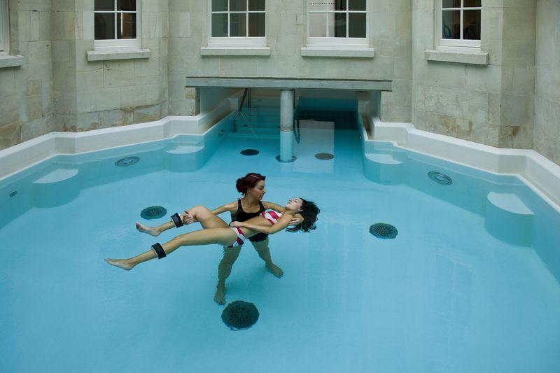 イギリスの天然温泉施設「サーメ・バース・スパ」で特別な体験をしてみよう