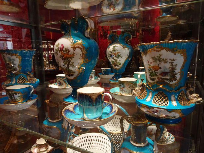「フランス・セーブル磁器」のコレクションは、世界でも有数