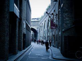 """『ハリーポッター』のロケ地になった、ロンドン""""バラ・マーケット""""を訪ねよう"""