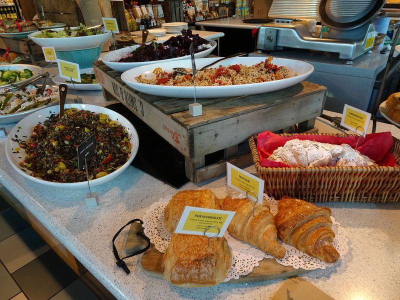 料理教室も!英国カリスマシェフ、ジェイミー・オリバーの店「レシピーズ」