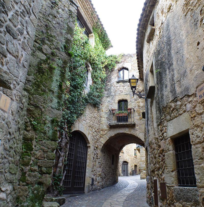 中世のヨーロッパにタイムスリップ!スペイン「パルス」