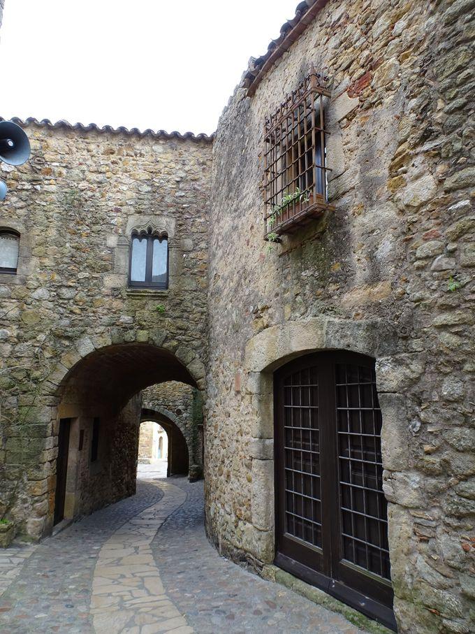 昔の名残から「中世の村」を想像しよう!