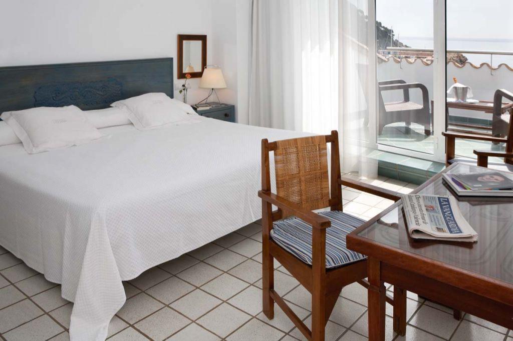 ホテルの目の前は「ヨーロッパ一美しい海」