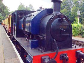 蒸気機関車の運転体験も!イギリス「レークサイド ハーヴァーワイト鉄道」