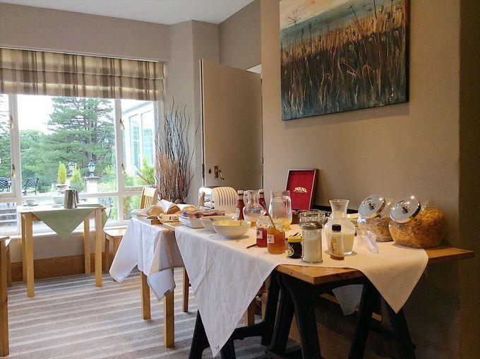 「ラヴェンストーン ロッジ」朝食のオススメはエッグベネディクト!