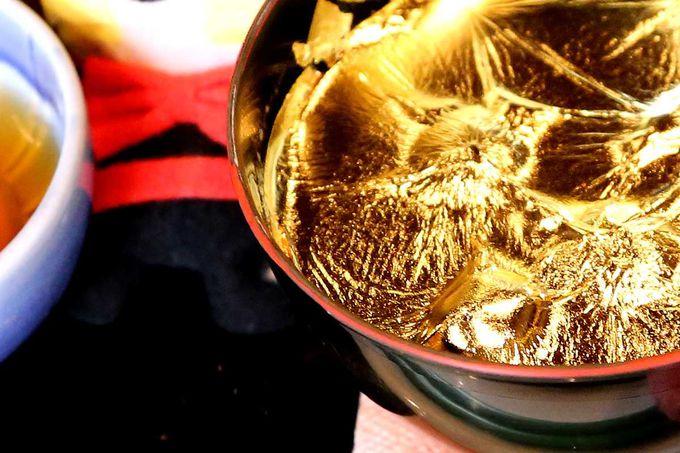 金箔入りのスイーツを召し上がれ♪ 〜懐華楼カフェの黄金ぜんざい〜