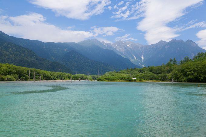 【上高地】日本を代表する山岳観光地。清流梓川沿いを爽快ハイキング