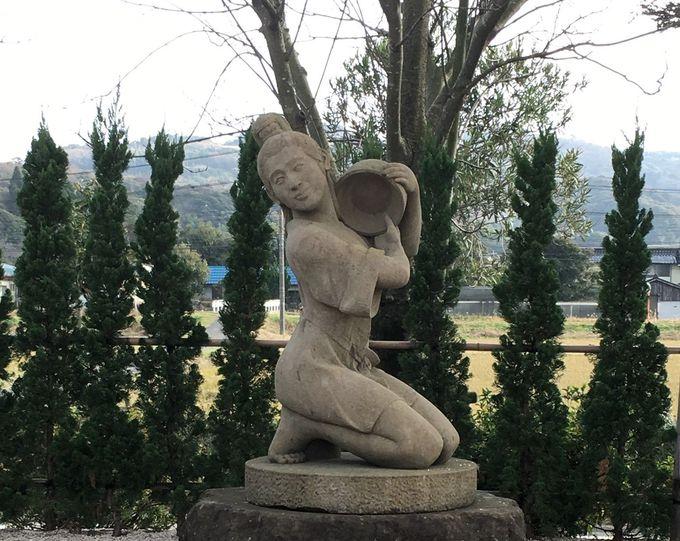 島根県の田園に沸く湯の川温泉は、神話のお姫様がみつけた美人の湯。