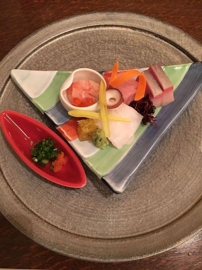 地元の食材を活かしたお料理は、絶品。ベンガラ漆喰の洋館で味わう山陰の美食の数々に脱帽。