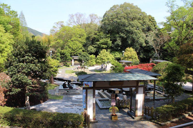 9種類の温泉で、リラクゼーションと癒しを堪能!