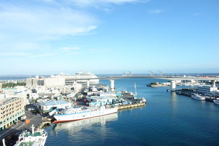 """""""とまりん""""隣接「沖縄かりゆしアーバンリゾート・ナハ」"""