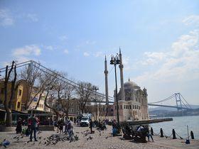 まるでおもちゃ箱!イスタンブールの「オルタキョイ」を歩こう