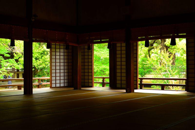 青葉に魅了されたいなら、ここ。 京都「青蓮院門跡」へ