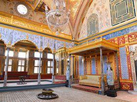 権力と孤独を抱きしめて〜イスタンブール・トプカプ宮殿のハレムに生きた女達