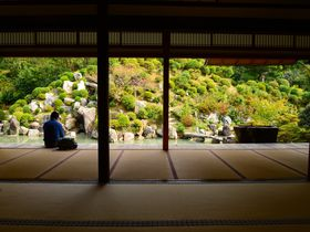 CMの庭園に国宝絵画もある「智積院」〜京都市内で他では出来ない宿坊体験も!