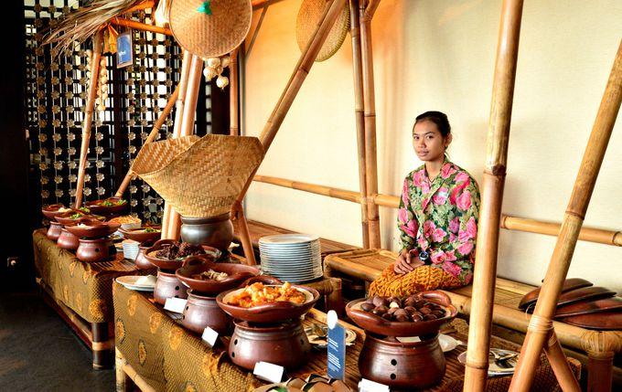 ジョグジャカルタの伝統料理もしっかりと