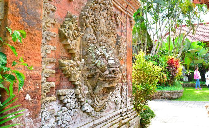 3.ウブド王宮と古民家風カフェCanderi(バリ島)