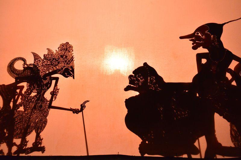 これが世界遺産の影絵芝居!ジョグジャカルタPendopo Nde Luwehで「ワヤン クリッ」