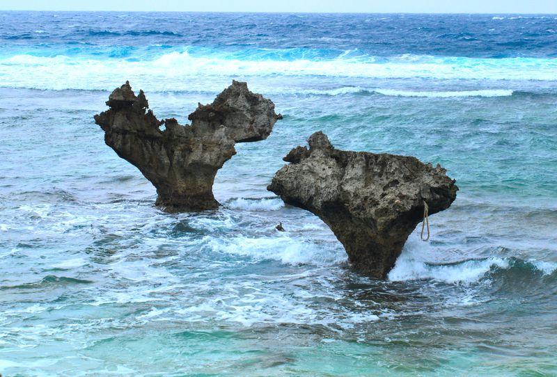 ハートの岩が見逃せない 沖縄の恋の島「古宇利島」へ行こう