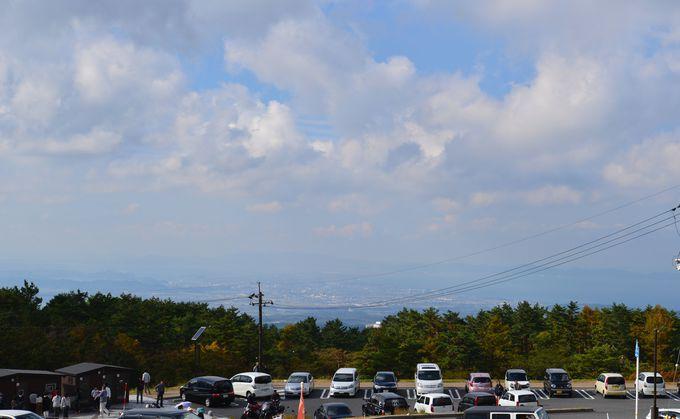 軽快なドライブでめぐれる大山