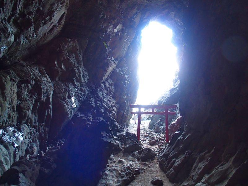 龍が昇天する吉祥満載パワースポット 宮崎・大御神社&鵜戸神社(龍宮)