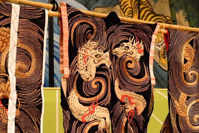 豪華な衣装も注目だった 江戸時代のミュージカル