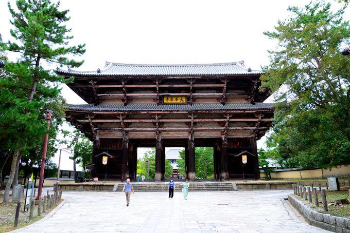 世界遺産に囲まれた贅沢な立地の奈良ホテル