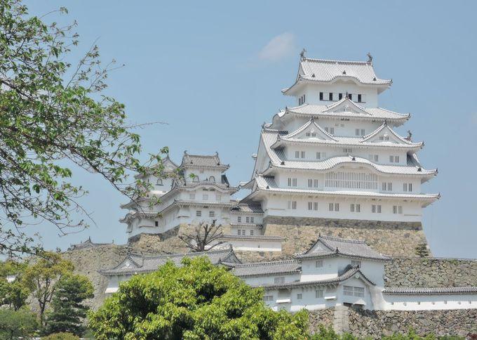 まずは姫路城。ちょっとまって!その前に「共通入場券」購入を。