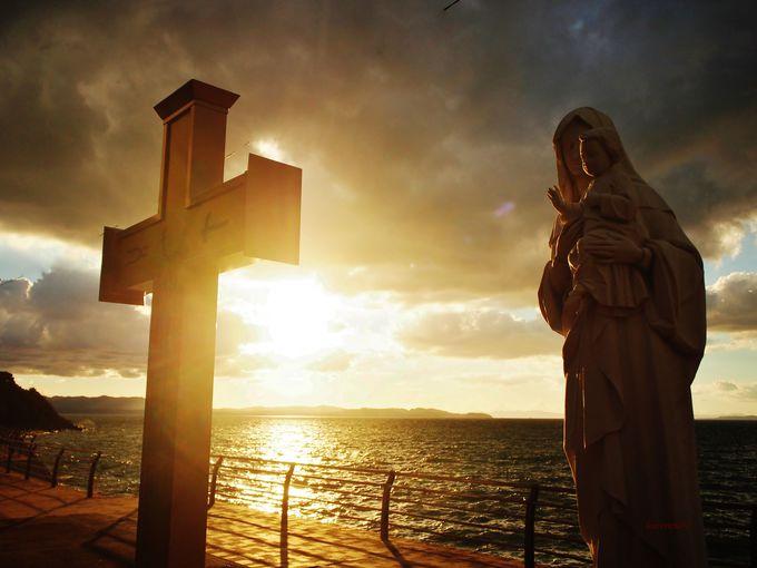 美しい夕陽にうかぶ天草の歴史。十字架には秘密の暗号!?
