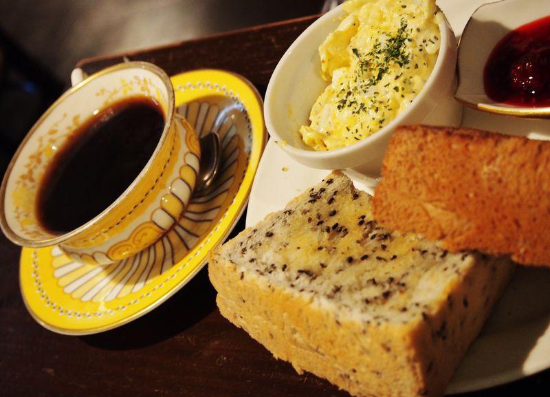 古民家カフェ「cafe de SaRa」!炭火焙煎珈琲もトーストもとにかく味が最高!