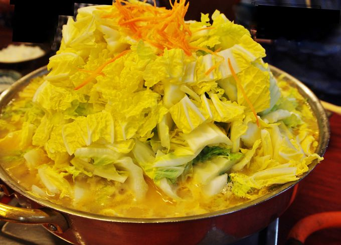シンプル イズ ベスト!野菜からでる水分、肉からでるエキスが絶妙の出汁に。