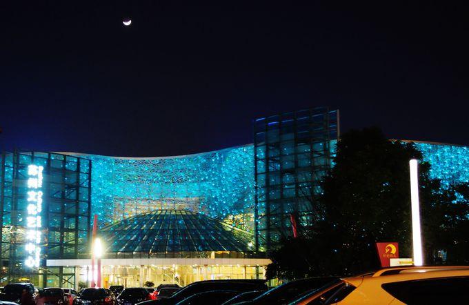 愛称は「鳥の巣」!蘇州科技文化芸術センター