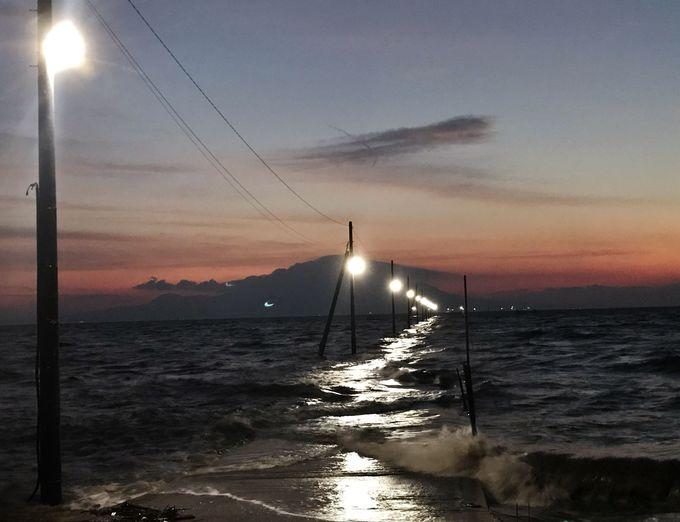 台風被害うけた電柱復活!より神秘的