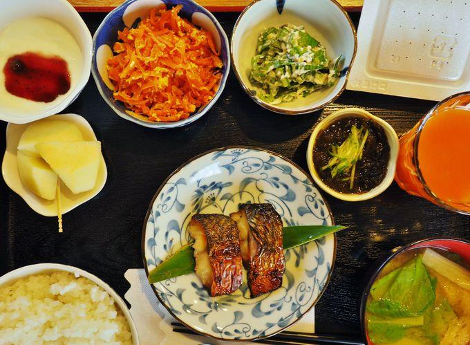 宮古島の味をちょこちょこ!美味しい朝食
