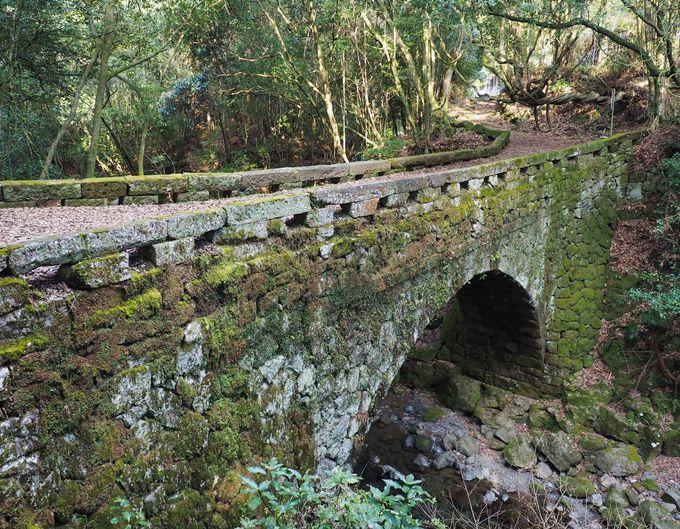 歴史ある美しい石橋もあわせて!