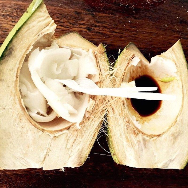 グアム限定!ヤシの実屋台でココナッツ刺身に挑戦!