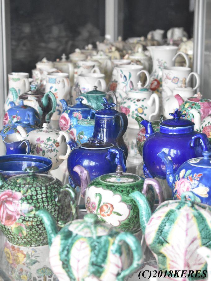 驚愕コレクションは英国ならでは「陶器エリア」からスタート!