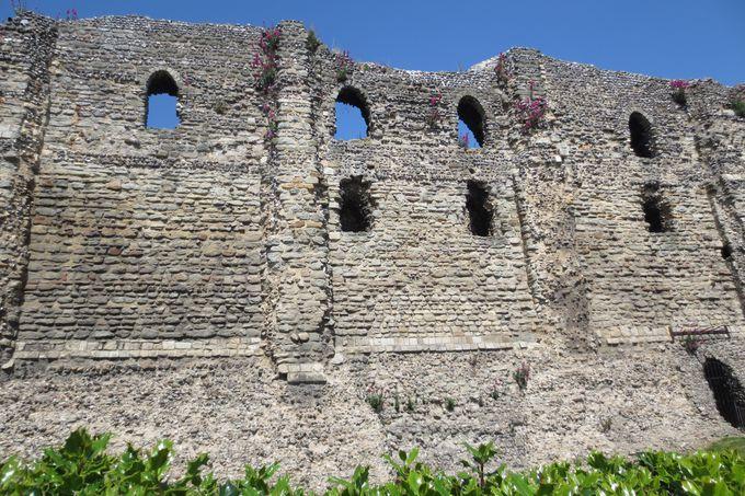 美しき廃墟「カンタベリー城」
