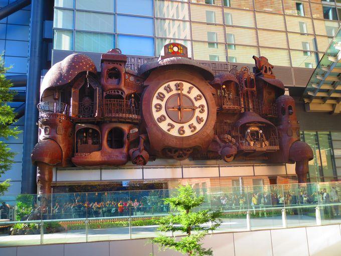 宮崎駿がデザインした、「ジブリ感」たっぷりの大時計