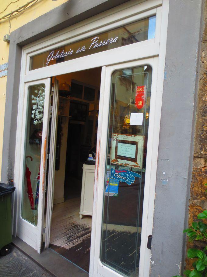 名店には見えない名店「ジェラテリア・デラ・パッセーラ」