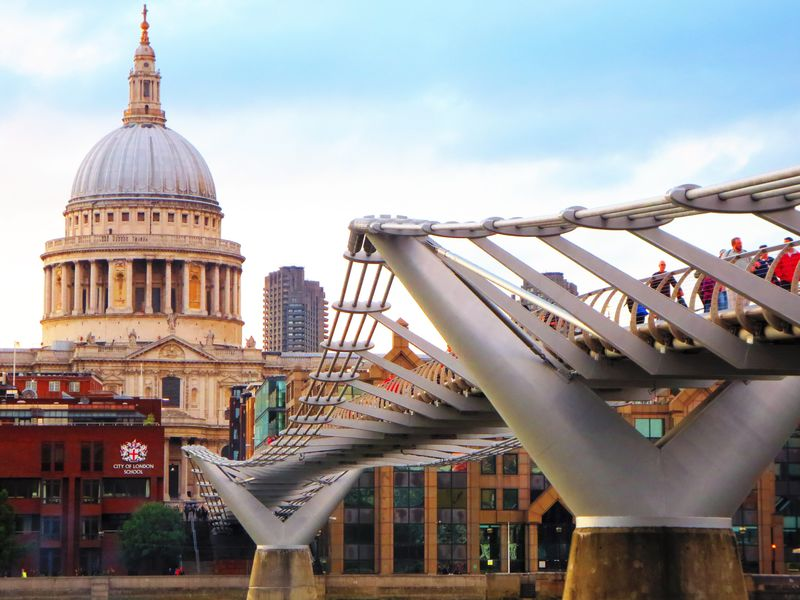 ハリー・ポッターファンの聖地巡礼!ロンドンのロケ地&関連スポット5選