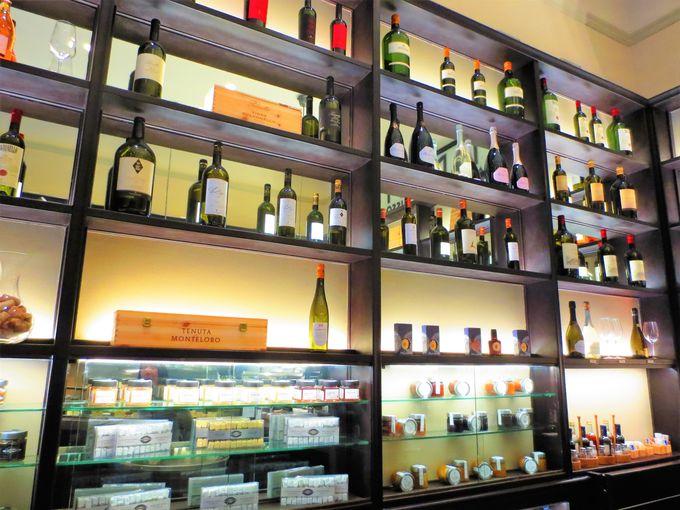 スーパータスカンを生み出した「アンティノリ」のワインを堪能